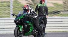Moto Puls VIDEO test: Kawasaki Ninja H2 SX SE